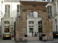 agnes b Paris