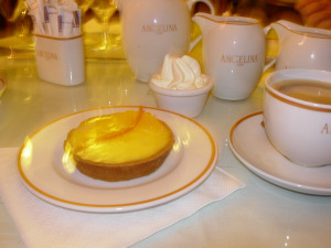 Hot Chocolate Angelina's Paris